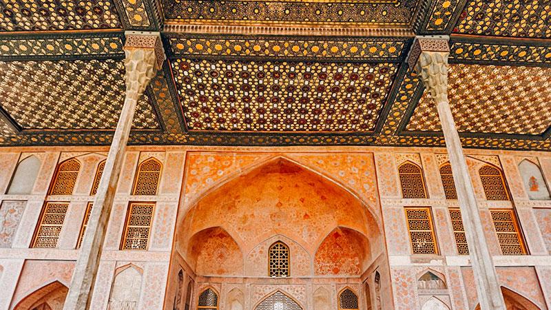 Ali Qapu, a Terrace over Half of the World