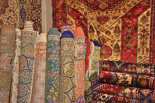 Embrace Isfahan Bazaar's Soul in a Walking Tour