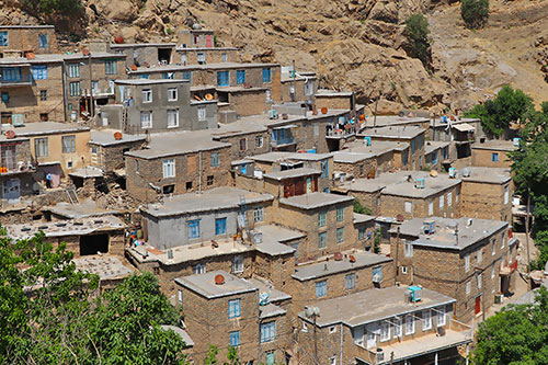 Top Hostels and Ecolodges of the Iranian Kurdistan