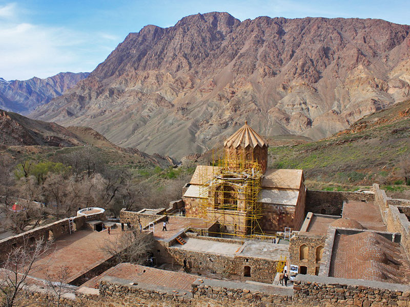 The Armenian Ensembles of Iran, the holy sanctuaries of the mountains