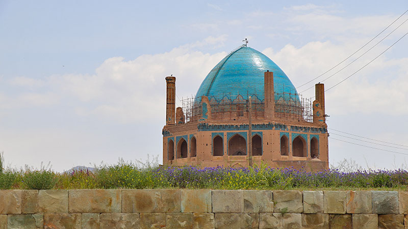 Soltaniyeh Dome Pictures the Blue Taj Mahal in Iran